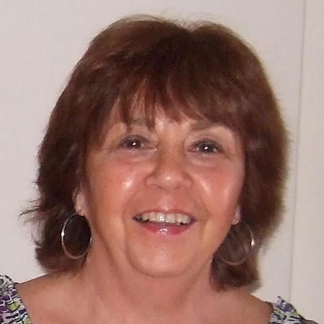 Laura Albino (Escritora)