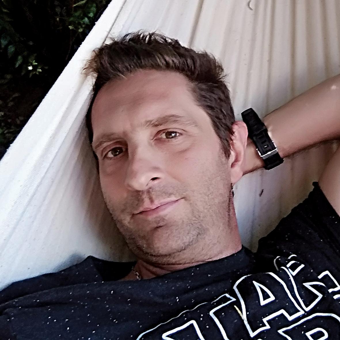 Gabriel Cortina (Escritor e ilustrador)